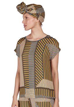 HUBER_201_W_AfricanVibe_shirtsslv_018181_013523_040.jpg